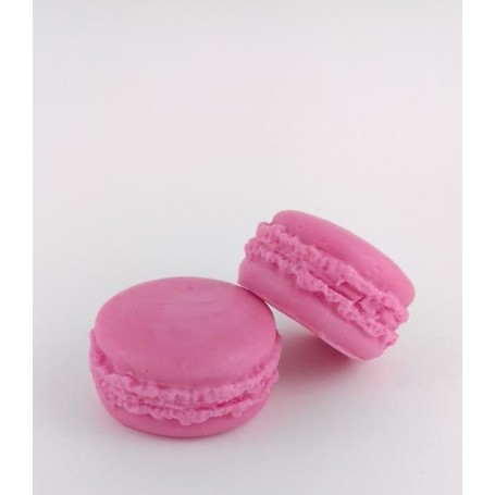 Macaron savon, Pomme d'Amour from Autour du Bain in Paris @ Soap and the City, soaps, candles, incens, perfumes and teddies