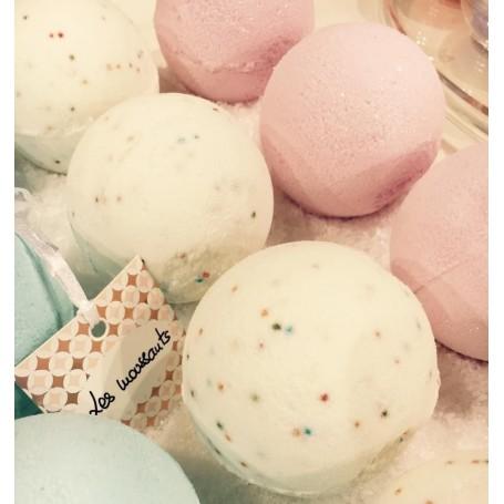 Boules et perles de bain Boule de bain moussante, Lait Caramel de Autour du Bain