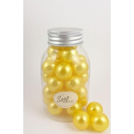 Perles de bain en flacon de 30, Chèvrefeuille Savons et Bougies à Paris chez Soap and the City, savons, bougies, parfums, enc...