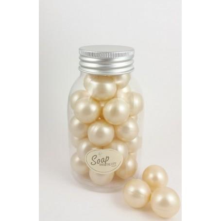 Perles de bain en flacon de 30, Coco Savons et Bougies à Paris chez Soap and the City, savons, bougies, parfums, encens et pe...