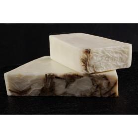 Handgesneden zepen Tea Tree Oil, cut soap made by Autour du Bain