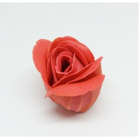 AMBACHTELIJKE ZEPEN Rose en pétales de savon made by De Laurier