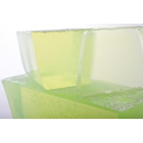 Handgesneden zepen Lily-of-the-Valley, cut soap translucent made by Autour du Bain