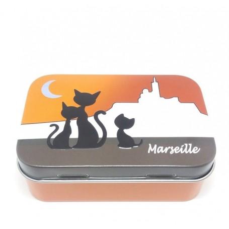 Boîte à savon, Chat à Marseille La Boutique à Paris chez Soap and the City, savons, bougies, parfums, encens et peluches