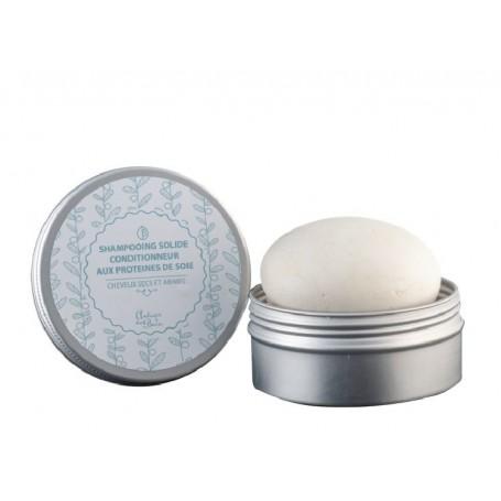 Galet de shampooing solide cheveux secs et abimés, aux protéines de soie Autour du Bain à Paris chez Soap and the City, savon...