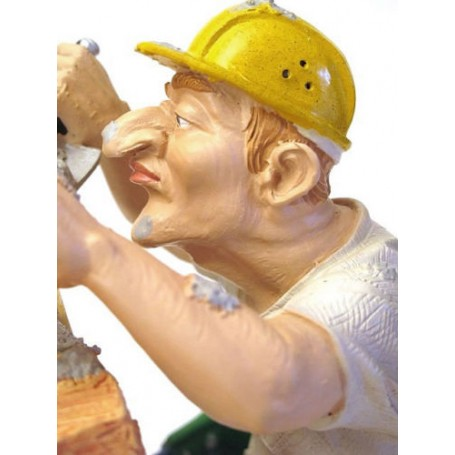 Statuette, Builder