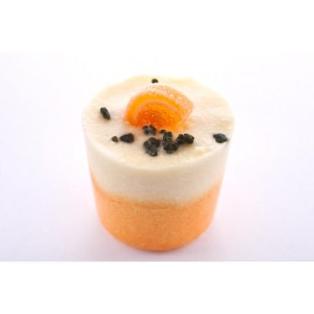 Fruit de la Passion, fondant de bain van Autour du Bain in Parijs