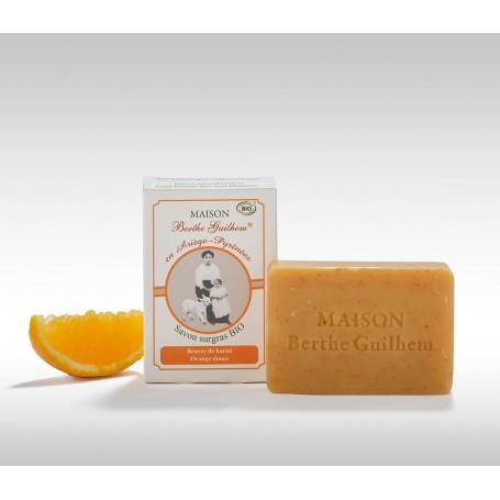 Savon surgras BIO, orange/beurre de karité, 100gr, au lait de chèvre Berthe Guilhem à Paris chez Soap and the City, savons, b...
