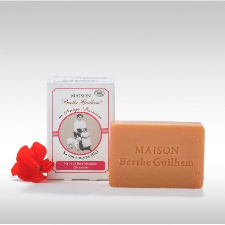 Savon surgras BIO, Rose Géranium, 100gr, au lait de chèvre Berthe Guilhem à Paris chez Soap and the City, savons, bougies, pa...
