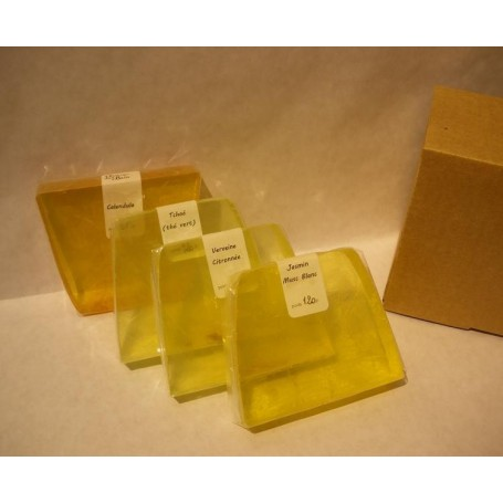 Les 4 épices fleuries from Autour du Bain in Paris @ Soap and the City, soaps, candles, incens, perfumes and teddies